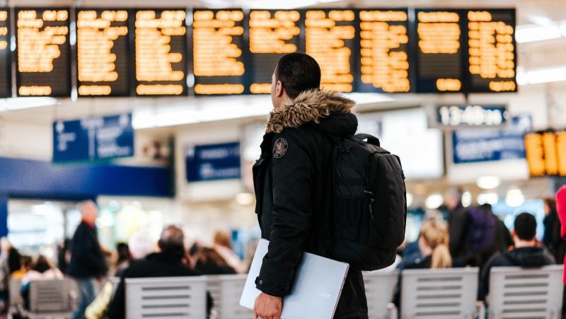 Tanie bilety lotnicze – skuteczne sposoby – kto szuka, nie przepłaca